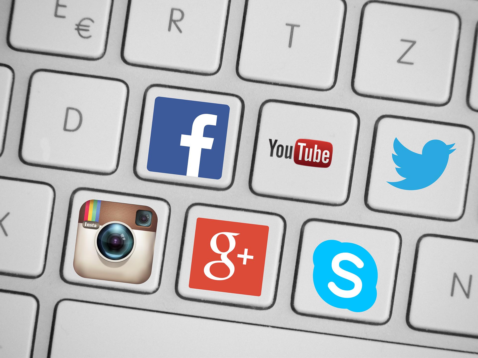 social-media-icons-facebook-twitter-google-plus-instagram